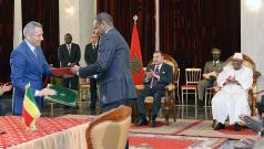 Signature d'un protocole de coopération industrielle à l'occasion de la visite de Sa Majesté Le Roi Mohammed VI, que Dieu L'assiste, au Mali, en février 2014